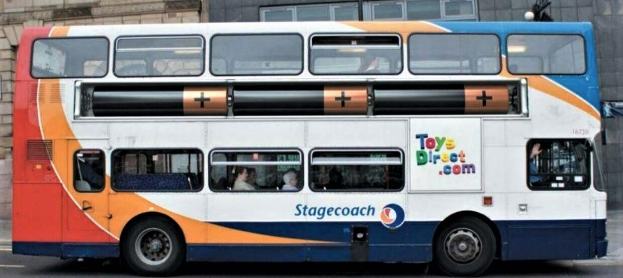 تبلیغات خارجی بر روی بدنه اتوبوس