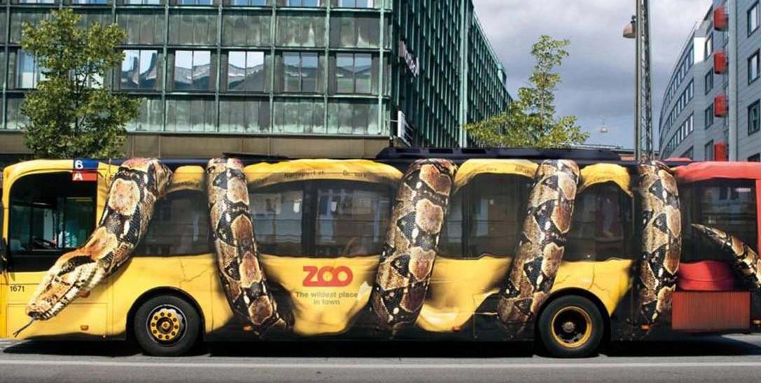 تبلیغات روی بدنه اتوبوس